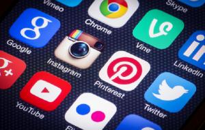 les risques éventuels rattachés aux réseaux sociaux ?
